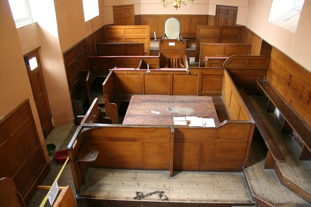 Georgian_courtroom_-_geograph.org.uk CC_-_Richard_Croft